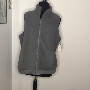 Clearance $10 vest